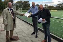 Burgemeester en raadsleden op bezoek bij HMHC voor Sportakkoord